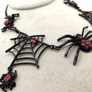 Betsey Johnson black red crystal spider necklace